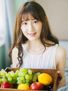 樱桃少女甜美下午茶清纯可人