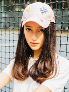 网球少女鸭舌帽烈日下清新唯美写真