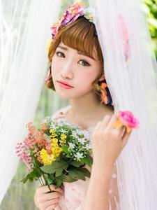 粉嫩公主裙蝴蝶少女白纱唯美梦幻写真