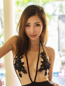 妩媚美女尤物尤美Yumi性感比基尼湿身写真