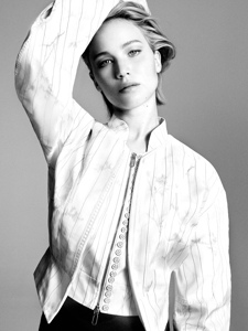 大表姐詹妮弗·劳伦斯为Dior拍摄的一套写真