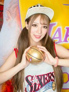美女篮球宝贝私房可爱写真