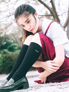 樱花少女制服清纯写真甜美可人