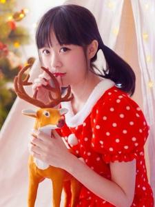 圣诞节少女艳丽心爱清纯动人