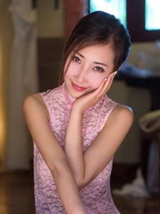 古典薄纱美女尤美Yumi婀娜诱人写真