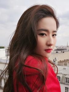 刘亦菲穿红裙回眸百媚生犹如天仙攻