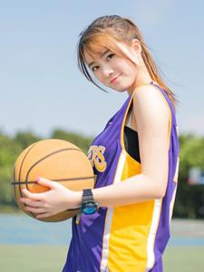 活力篮球宝贝运动写真魅力四射