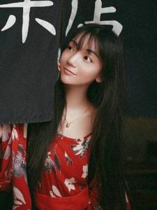 日系鲜艳和服长发美女靓丽吸睛