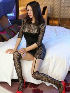 私房黑色性感连体丝袜女郎妖娆美腿引诱写真