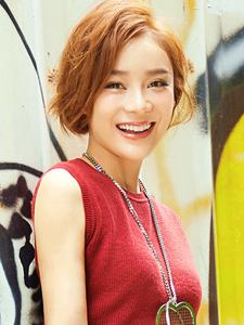 短发女神袁姗姗时尚街拍