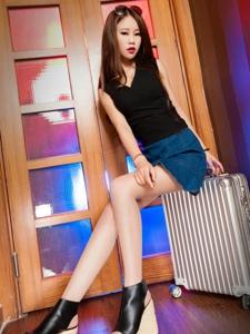 时尚美女语寒牛仔短裙高跟美腿性感写真