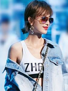 张俪率性长腿时尚街拍最新写真