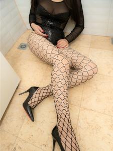 丰满美女网袜高跟肥臀性感骚动诱人