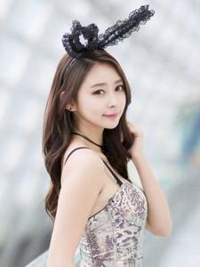 徐函碧性感兔女郎的的可爱扮演白皙诱人写真