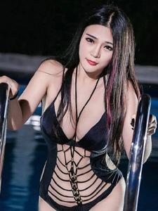 湿身出浴的美艳女神巨乳性感写真极丰满诱惑