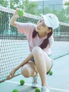 可愛校花清新魅力網球寫真