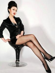 高贵优雅的黑丝人气性感美腿极致诱惑写真