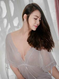 薄紗透視裙美眉性感唯美誘惑寫真