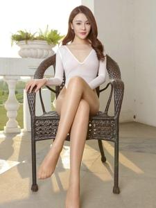 气质女神高叉裤丝袜美臀高跟长腿连裤袜