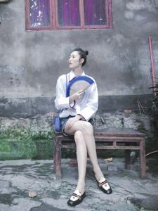 纹理食城记时尚超模刘雯游山城