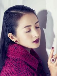 林依晨为Bella杂志拍摄主题大片'为爱,我不保留'