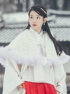 IU李智恩步步惊心:丽古装甜美剧照图