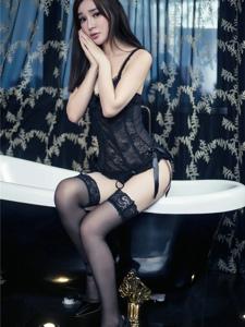 性感兔女郎韩子萱私房黑丝美腿大胆诱惑写真