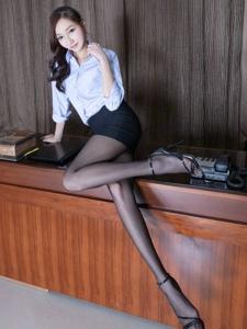 白领制服腿模Tina衬衫黑丝风情万种