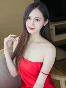 性感美女SISY思吊帶紅裙美乳勾魂照