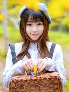 卡哇伊风格甜美少女秋冬清新活力写真