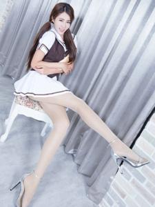 学生制服腿模Miso短裙丝袜长腿诱人写真