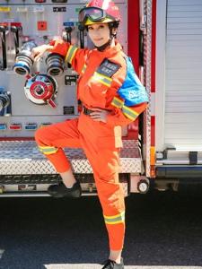 赵雅芝我们来了向勇敢的消防员致敬