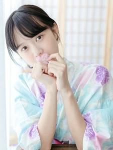 日系甜美少女花朵般玲珑可爱