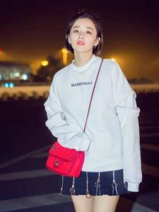 阚清子戏外私服造型更有范儿诠释出舒适又时髦的style