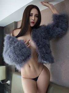 超性感美女撩人心扉室内写真