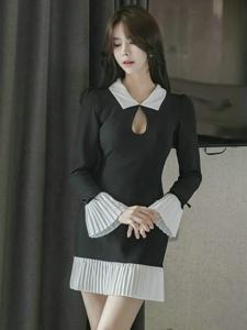 清新淡雅的潮流女裝模特看上去就有一股純凈美