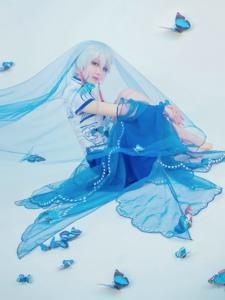 VOCALIOD言和青花瓷装扮太惊艳