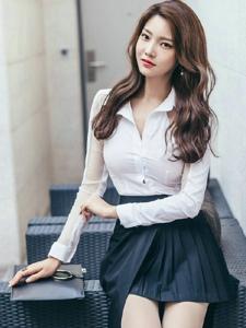 透明白襯衫美模氣質成熟美色迷人