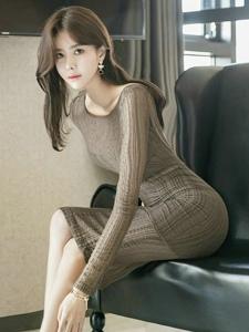 高貴冷艷模特透明薄紗連衣裙腰身柔軟性感誘惑