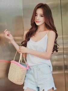 出街購物美模背心熱褲休閑裝扮清新靚麗