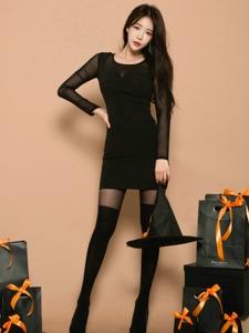 黑丝袜长腿气质美女万圣节诱惑写真