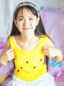 氧气少女靓丽清新活力笑容甜美写真