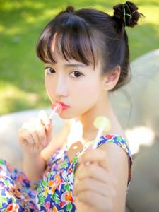 夏日连衣裙棒棒糖小巧玲珑妹子清爽可人