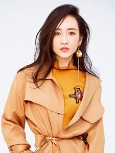 王鸥曝光写真大片演绎时尚俏女人