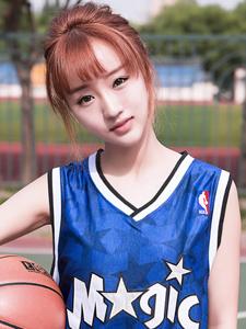 致敬麦迪篮球少女小颖