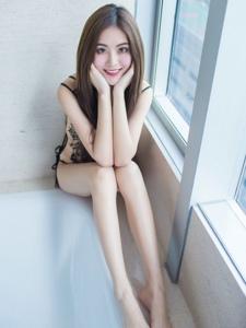 浴缸內的撩人美女菲兒長腿白皙光滑誘惑