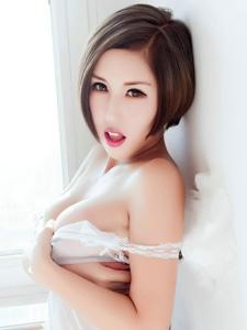 火辣美女娜依灵儿蕾丝爆乳大尺度挑逗写真