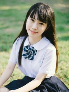 日系校服妹子学院风可爱甜美写真