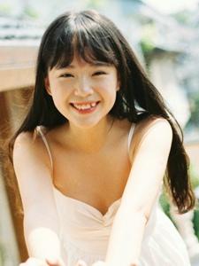 虎牙氧气少女笑容灿烂阳光私房照