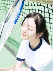 清純可人網球少女運動服可愛寫真